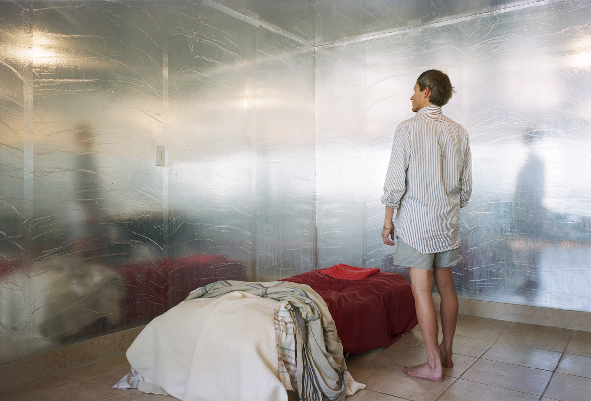 6_Thilde_Jensen_Bedroom with foil barrier. Arizona 2011
