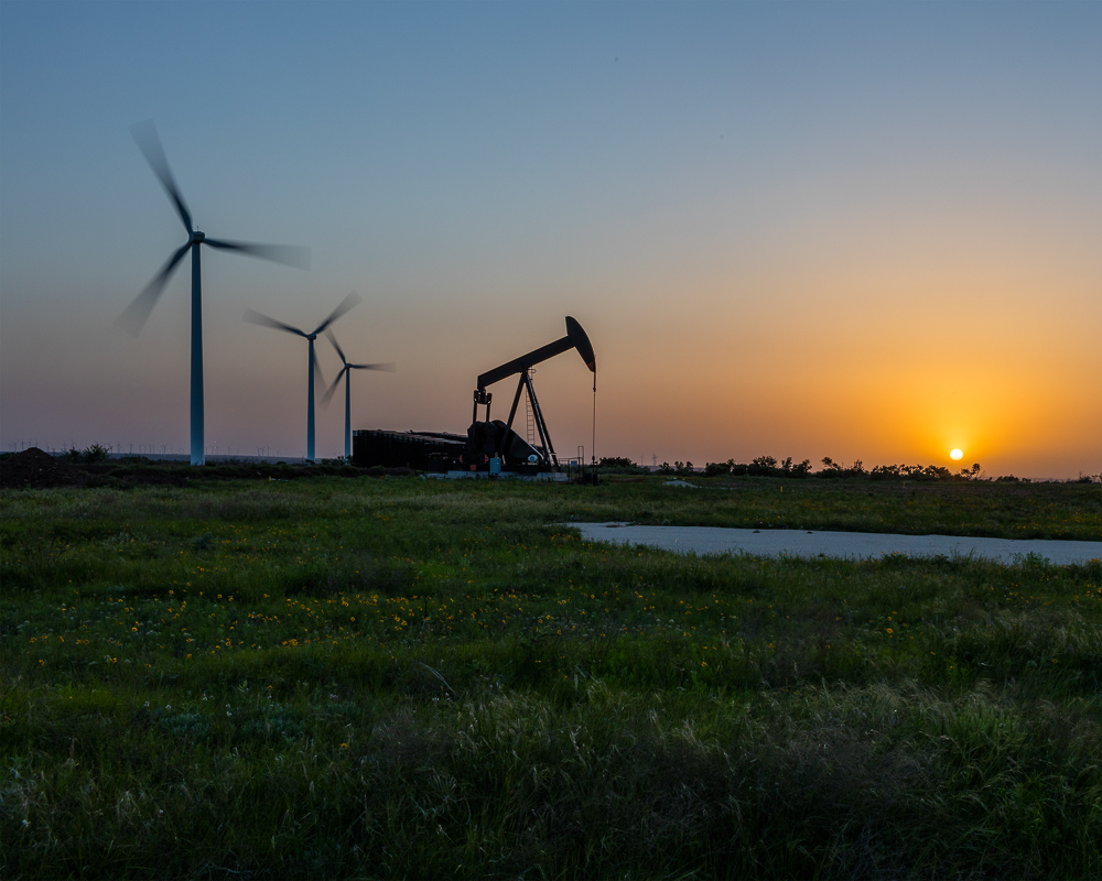 Sunset, Buffalo Gap Wind Farm, Nolan County, Texas (BFGW0546), 2016